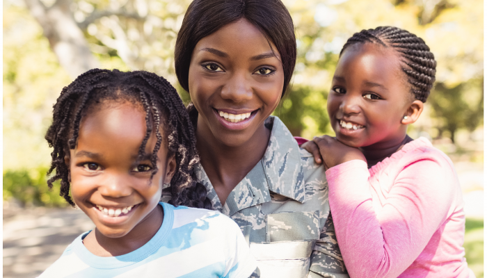 military mom and children