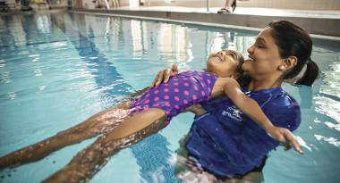 private swimming lessons for youth, teens and adults