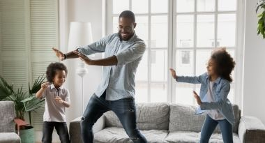 dad dancing with kids